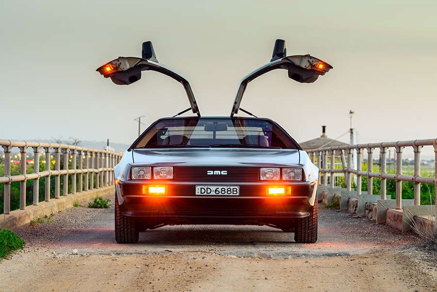Frontansicht eines DeLoreans